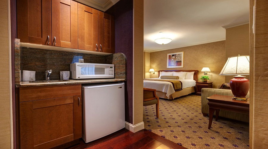 Wellington hotel deluxe double New York Deluxe One Bedroom Suite Agoda Rooms In Central Manhattan Wellington Hotel Rooms