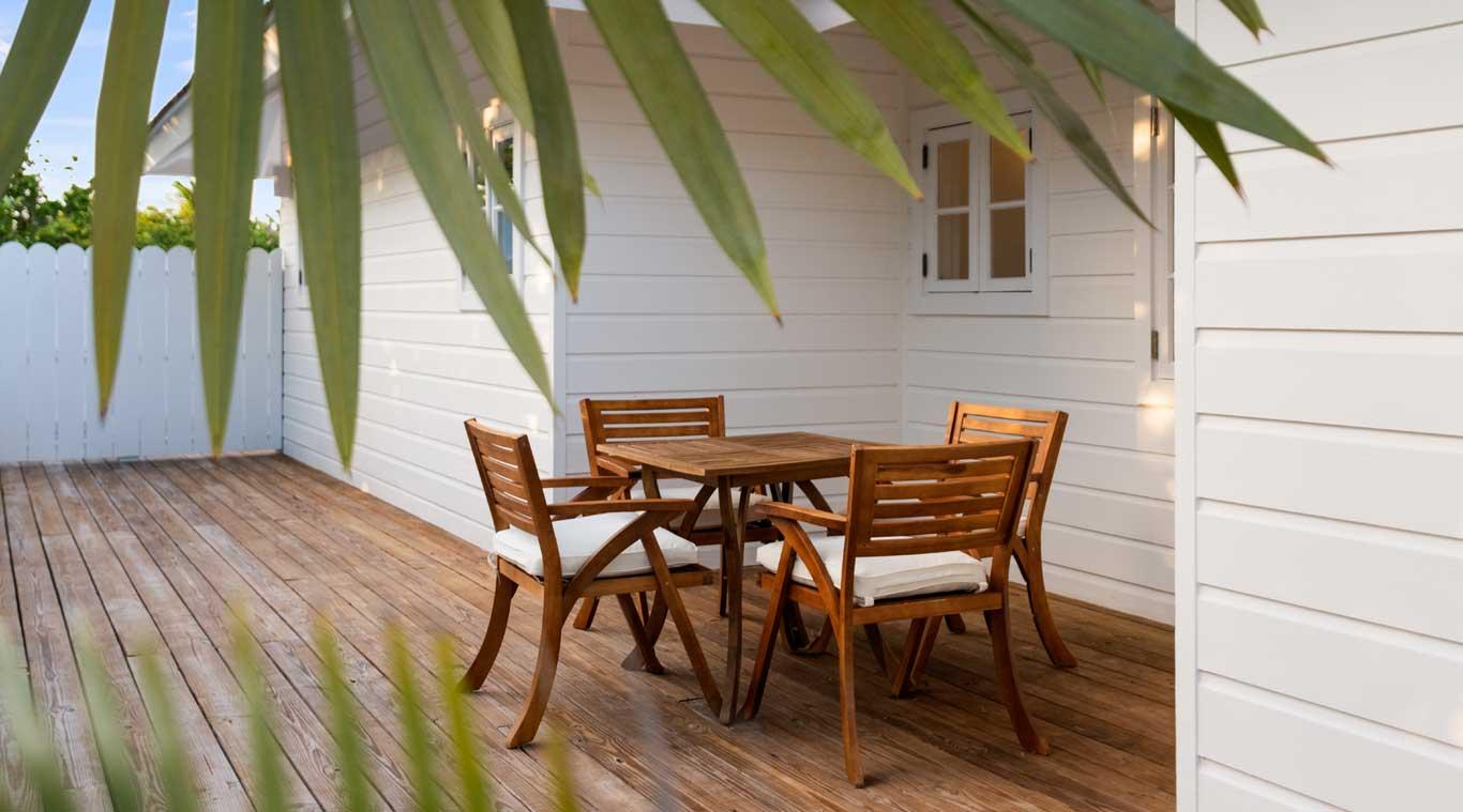 1 Bedroom Villa: Rock House inset 11
