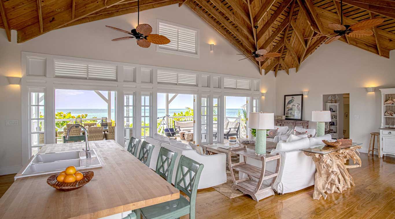 3 Bedroom Villa: Hummingbird inset 5
