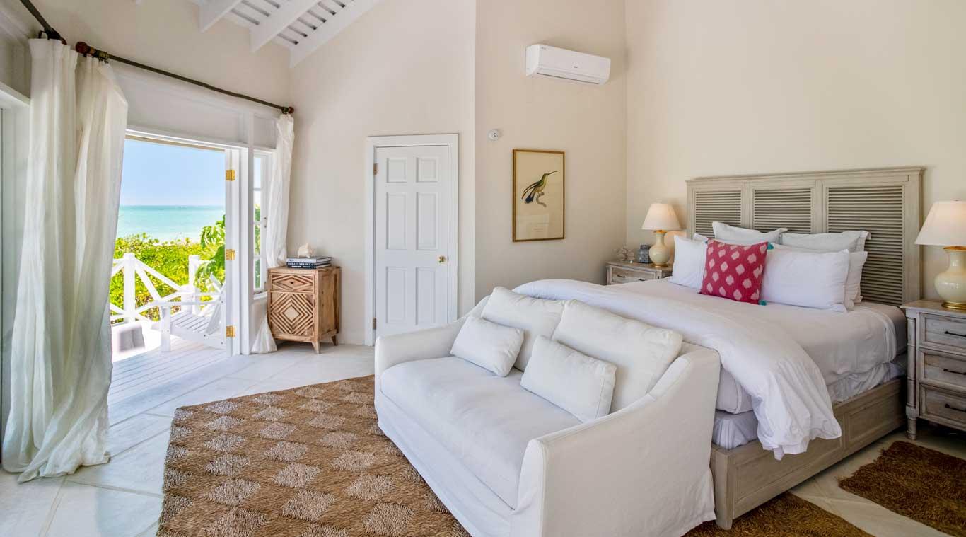 3 Bedroom Villa: Hummingbird inset 10