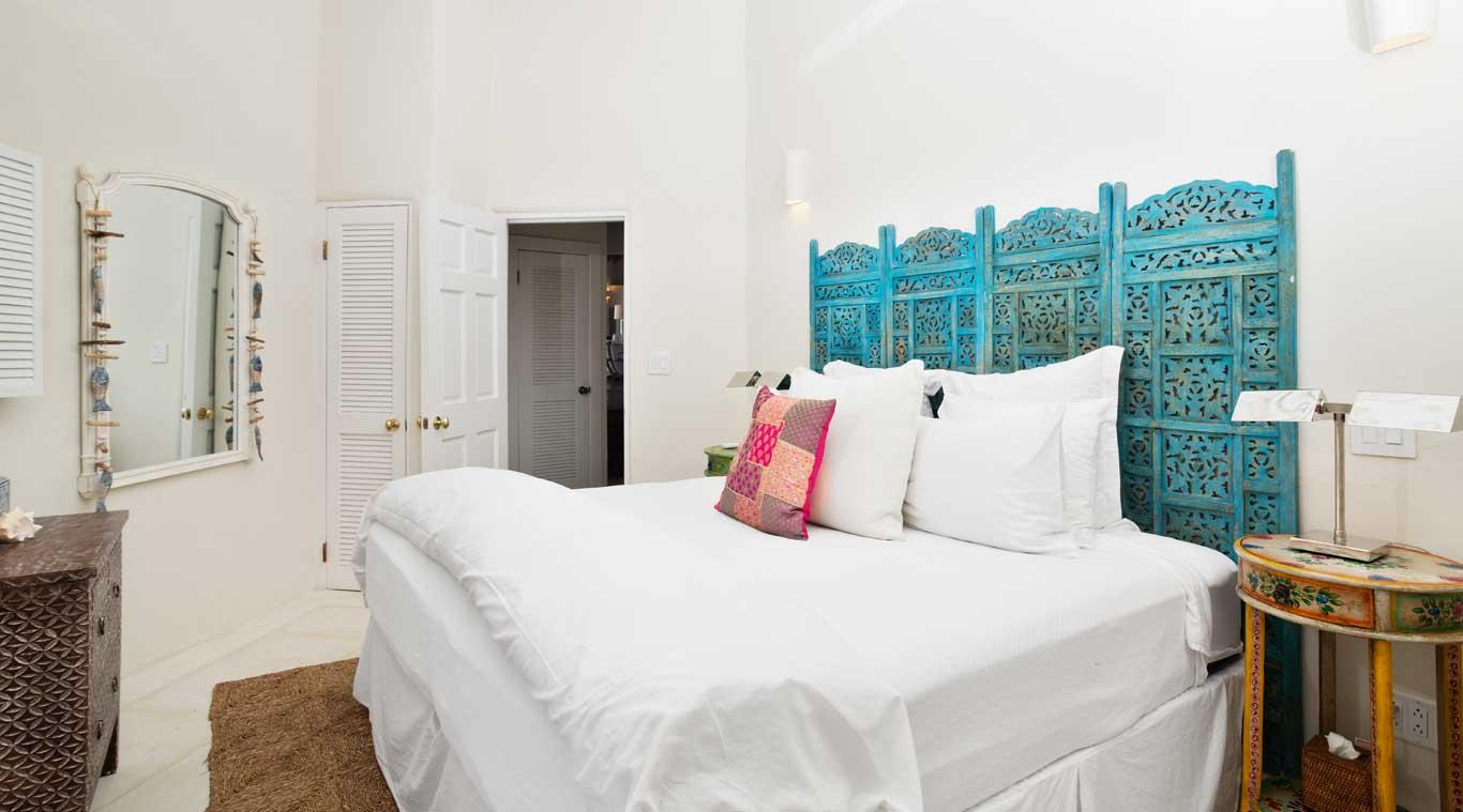 3 Bedroom Villa: Hummingbird inset 11