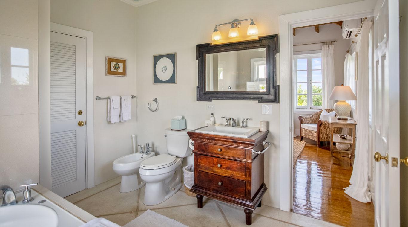2 Bedroom Cottage: Blue Winged Teal inset 11