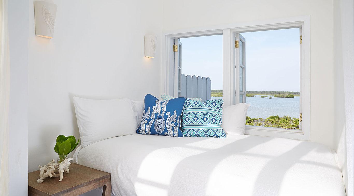 2 Bedroom Villa: Indigo Palm inset 4
